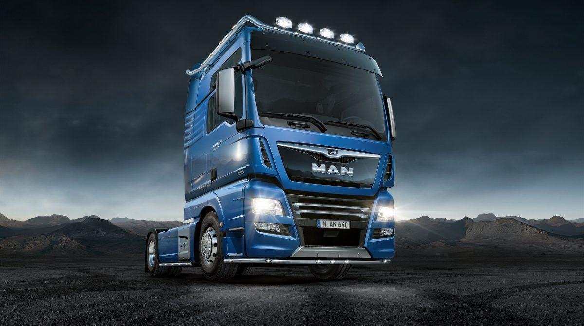 Sérstaða í bláu - MAN kynnir MAN PerformanceLine Edition í stálblásanseruðum lit á IAA 2016.